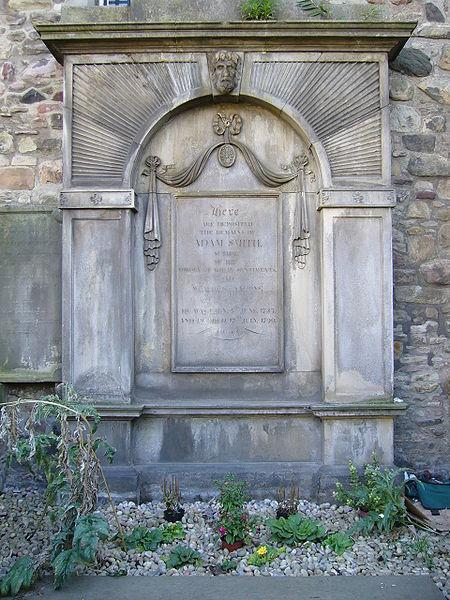 grob Adama Smitha